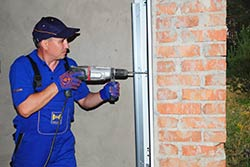State Garage Door Repair Service Coon Rapids, MN 763-691-9902